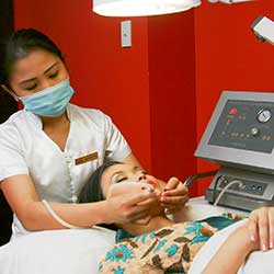 Diamond Peel Facials and Peels