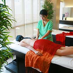 Indonesian Deep Tissue Massage